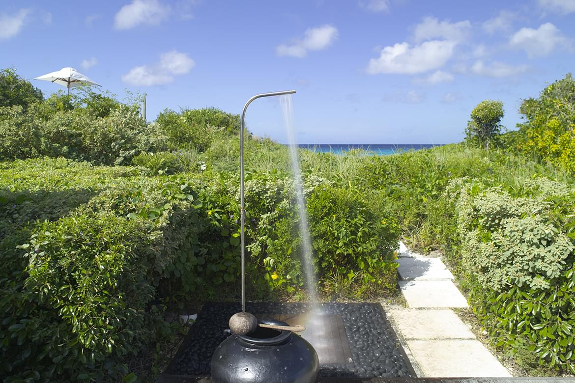 Amanyara Villas – Oceanfront Shower