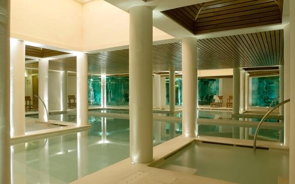 Le Mélézin – Swimming Pool & Jacuzzis