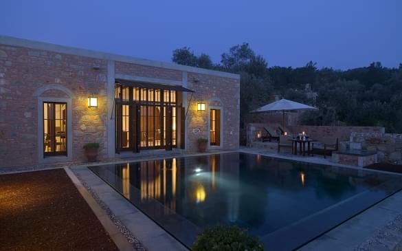 Amanruya – Pool Terrace Cottage Exterior & Pool