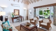 Luxury Cottage/Suite – Living Room 4