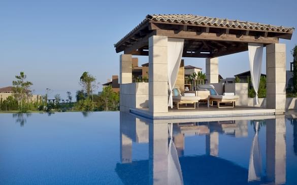 romanos resort pool