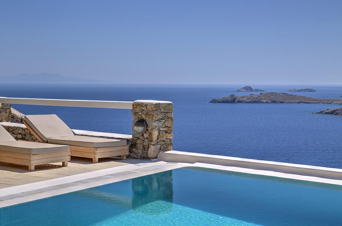 Santa Marina resort swimming pool