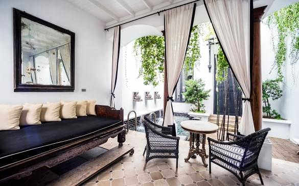 the sima hotel patio
